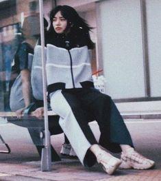 "tango on Instagram: ""#小松菜奈#こにちゃんず#nanakomatsu#komatsunana#こまつなな#konichan7"" Japanese Street Fashion, Cool Street Fashion, Nana Komatsu Fashion, Komatsu Nana, Japanese Photography, Japanese Aesthetic, Sad Girl, Stage Outfits, Ulzzang Girl"