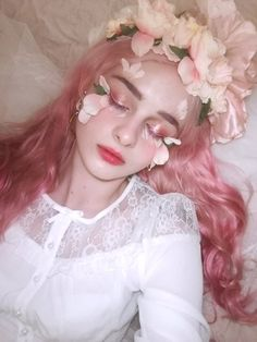 S e n s i t i v e 不同 face reference, flower makeup, fairy makeup, makeup art, makeup inspo Makeup Fx, Artist Makeup, Beauty Makeup, Pink Makeup, Makeup Style, Artistic Photography, Girl Photography, Fashion Photography, Photography Flowers