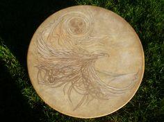 Drum by creation tree chez https://www.etsy.com/fr/listing/217048434/tambour-chamanique-fait-a-la-main-avec