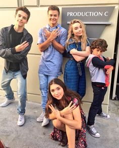 Picture of Rowan Blanchard Girl Meets World Cast, Boy Meets World Quotes, Disney Channel Shows, Disney Shows, Sabrina Carpenter Movies, Maya, Peyton Meyer, Boy Meets Girl, Rowan Blanchard