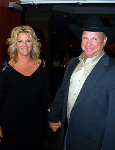 Gallery of fame look at me art work vol 74 no 12 for Is garth brooks and trisha yearwood still married