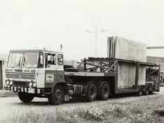 DAF FTT 2600 6x4 met dieplader oplegger van Tramos in Kampen