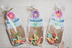 Mason jar party favors for gummy worms printable DIY mason jar flower vase for bug party, garden shower, butterfly party, spring birthday by KudzuMonster on Etsy Garden Party Favors, Baby Shower Party Favors, Kid Party Favors, Birthday Favors, Diy Birthday, Party Garden, Candy Favors, Butterfly Party Favors, Butterfly Garden Party