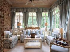 A few days ago, I received a call from a new internet friend. She told me that she had worked for interior designer Toby West and at that . Beautiful Dining Rooms, Beautiful Homes, Chrisley Knows Best House, Atlanta Mansions, Atlanta Homes, Coastal Living Magazine, Cottage Living, Cozy Cottage, Better Homes