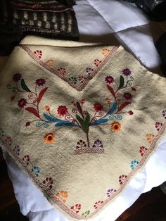 Mexican Textiles, Beautiful Hands, Shawl, Pattern, Handmade, Color, Hand Made, Patterns, Colour