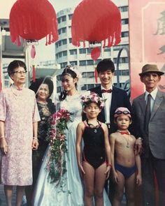 婚禮 X 運動  #全民瘋世大運 今年在 台北 舉行的 #世界大學運動會 妳/你瘋狂了嗎 小安 瘋狂了哦 有些對運動很著迷的新人們總是會將喜愛的 #運動 融入在自己的婚禮中呢 看看這張照片2X年前就有前衛的 #游泳結婚聽說還有報紙的報導呢連 小花童兒 都不馬虎花環領結泳裝都配備齊全 也想要來點不一樣的婚禮嗎私訊給小安小安幫妳/你圓夢  決定要結婚了嗎2018年的婚禮預約活動已經開跑囉想要和小安討論婚禮的快點私訊給我 與小安約會說悄悄話 http://ift.tt/2t53Eze http://ewigeliebe.tw/  美式戶外婚禮派對/活動統籌設計/公關企劃主持 安格儷柏 Ewige Liebe  如果你/妳對婚禮有極大的想法 如果你/妳想要獨一無二的回憶 如果你/妳期待婚禮是部經典的電影 如果你/妳渴望擁有自己的專屬故事 讓我們一起 把你們的故事 寫進婚禮中 編寫專屬你們的 經典 代表作 快動動你的小指頭與小安聯繫吧0  永恆的 代表作 安格儷柏 為你 #安格儷柏 #美式婚宴 #戶外婚禮  #婚禮總籌 #婚禮顧問 #婚禮企劃  #婚禮主持 #主題婚禮 #古禮引導…