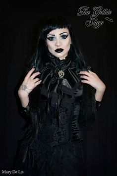 Model: Mary De Lis Underbust #sinister from The Gothic Shop Jewellery: Nocturne Jewellery Wig: Black Candy Fashion Lenses: LensVillage.com