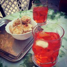 Aperol spritz Venice, Holidays, Chicken, Meat, Food, Holidays Events, Venice Italy, Holiday, Essen