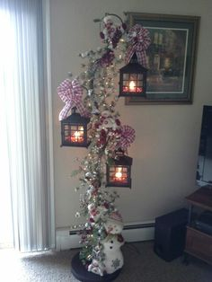 I finally got it done. Christmas Ceiling Decorations, Christmas Lanterns, Christmas Room, Christmas Projects, Holiday Crafts, Christmas Wreaths, Christmas Ornaments, Grinch Christmas, Holiday Decor
