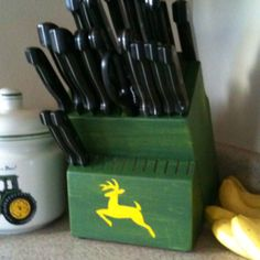John Deere Knife Block And Cookie Jar Because I M Pretty Sure I Would Be The Perfect Wife If I Had These In My Kitchen