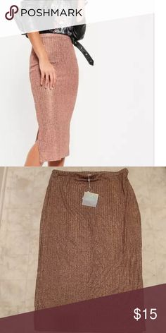 Metallic Midi Rose Gold Skirt!! Metallic Woven Skirt! Be Unique, Rock it with a Moto Jacket and T-$hirt Missguided Skirts Midi
