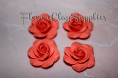 4pcs Coral Rose Cabochon, 0,98 inch, polymer clay flowers, flowers beads, roses beads. For making jewelry .Code: 052 di FlowerClaySupplies su Etsy