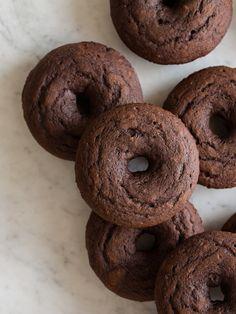 Baked Chocolate Doughnuts