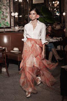 Johanna Ortiz Resort 2019 Fashion Show Collection: See the complete Johanna Ortiz Resort 2019 collection. Look 26