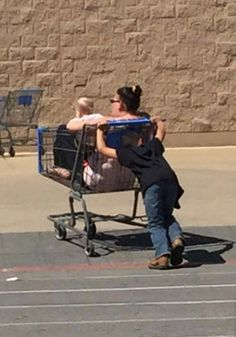 Uber Hiring Kids to Give Rides at Walmart - Funny Pictures at Walmart