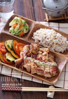 早午餐食譜,雞肉食譜-鹽麴雞腿排&高麗漬物Lunch Plate