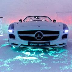 Ice Cool Mercedes Benz AMG SLS...