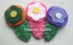FAITE UN FIELTRO  Mini pincitas flor/ Mini clips flower felt