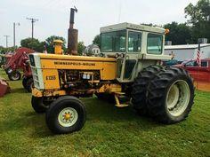 Minneapolis-Moline G-1355 Vintage Tractors, Old Tractors, Minneapolis Moline, Mini Mo, Rubber Tires, Antique Tractors, Antique Tractors