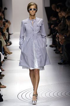 Miu Miu Spring 2006 Ready-to-Wear Collection Slideshow on Style.com