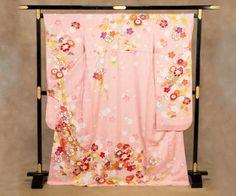 振り袖:ピンク/花に御所車 Furisode : pink / Flowers & Court carriage