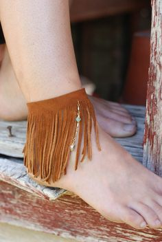 POCAHONTAS FRING- Leather fringe ankle bracelet, tan. $34.00, via Etsy.