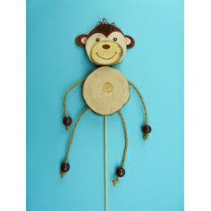 Affen basteln: Ein schöner Blumenstecker für Deinen Blumenstock. Für den Affen brauchst du ovale Holzscheiben. Hier findest du die komplette Bastelanleitung: http://www.trendmarkt24.de/bastelideen.affen-basteln.html#p
