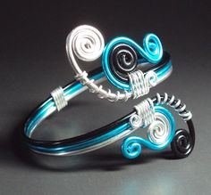 Colored wire ring