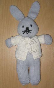 Breipatroon Pieter Konijn Bunny, Diy, Cute Bunny, Bricolage, Do It Yourself, Rabbit, Homemade, Diys, Rabbits