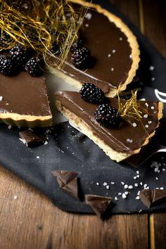 Čokoládová Tortička so Slaným Karamelom Christmas Candy, Sweet Life, Cheesecakes, Minis, Tart, Panna Cotta, Baking, Ethnic Recipes, Desserts