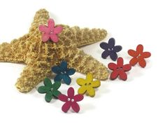 Flower Toe Rings, Stretch Toe Ring, Set of 3 Wooden Button Toe Rings, Summer Trends, One Size Fits Most on Etsy, $5.00