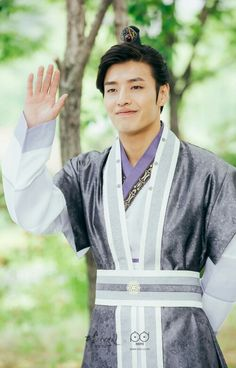 Wang Wook portrayed by Kang Ha Neul Handsome Prince, Handsome Boys, Korean Celebrities, Korean Actors, Korean Dramas, Celebs, Kang Ha Neul Moon Lovers, Scarlet Heart Ryeo Wallpaper, Kang Haneul