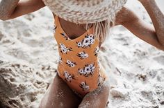 2017 New Womens One-Piece Suits Flower Print Swimsuit Bandage Bikinis Push-up Padded Bra Bathing Suits Women Swimwear Beachwear One Piece Swimwear, Bikini Swimwear, Bikini Beach, One Piece Swimsuit For Teens, 1 Piece Swimsuit, Beach Bum, Boutique Lingerie, Floral Swimsuit, Topshop