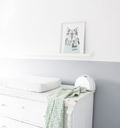 Lovely room picture with our big balloon swaddle from Trixie, available at swaddle-blankets.com🍃