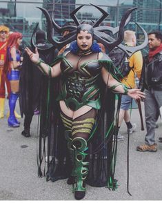 Cosplay Ideas Elaborate Halloween Plus Size Costume Idea - Worried about your plus size Halloween costumes? Make sure you choose the best outfit for yourself from the various options provided to you. Halloween Outfits, Halloween Party Kostüm, Halloween Cosplay, Halloween Inspo, Halloween 2018, Cosplay Plus Size, Plus Size Costume, Diy Disfraces, Halloween Disfraces