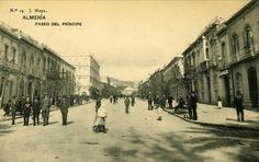 Paseo del Príncipe Alfonso (actual Paseo de Almería) en 1905. Fotografía: J. Moya.