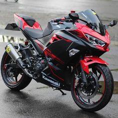 Best Motorbike, Motorcycle Suit, Bike Pic, Bike Photo, Gp Moto, Duke Bike, Kawasaki Motorcycles, Harley Bikes, Sportbikes