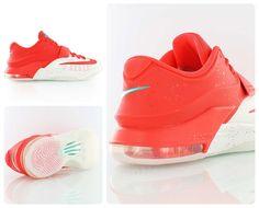 Nike KD 7 Christmas Egg Nog