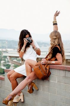 Travel with your best friends fashionably