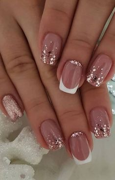 nail art designs with glitter & nail art designs ; nail art designs for spring ; nail art designs for winter ; nail art designs with glitter ; nail art designs with rhinestones Shiny Nails, Bright Nails, My Nails, Neutral Nails, How To Do Nails, Nail Design Glitter, Glitter Nail Art, Glitter French Nails, Rose Gold Nails