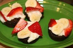 Brownie and Fruit Bites great for Valentines Day