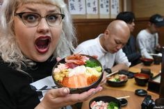 Fresh fish over rice bowl at a popular restaurant in Hokkaido! Traditional Japanese, Japanese Food, Otaru, Rice Bowls, Acai Bowl, Restaurant, Fish, Popular, Breakfast