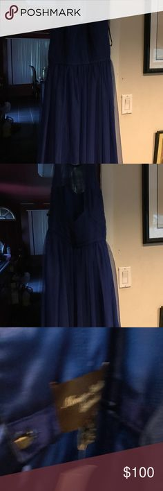 Monique Lhuillier Size 10 Monique Lhuillier Bridal backless dress. Used in good condition. Authentic Monique Lhuillier Dresses Backless