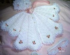 Crochet A line coat & hats / baby girl clothing / gift ideas / newborn set . by TinasHandicraftGr on EtsyP bebe crochet baby jacket and dress, To the beloved remains. Talk to LiveInternet - Russian Service Online Diaries, Scheme knitting white dresH Crochet Baby Jacket, Knitted Baby Cardigan, Crochet Baby Clothes, Knit Crochet, Crochet Gifts, Cardigan Pattern, Baby Girl Sweaters, Baby Girl Hats, Baby Knitting Patterns