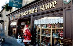 The Christmas Shop, Lechlade