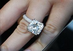 khloe kardashian's radiant cut engagement ring