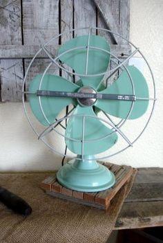 Vintage 1960's Westinghouse Fan Seafoam/Aqua by pickingvintage