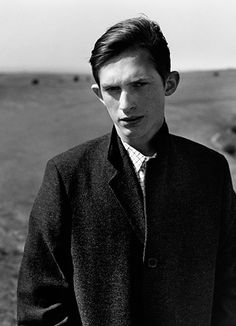 MARGARET HOWELL AUTUMN WINTER 2015   PHOTOGRAPHED ON THE SOUTH DOWNS, EAST SUSSEX, ENGLAND   PHOTOGRAPHY BY ALASDAIR MCLELLAN