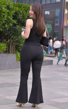 Womens Style Discover Sexy Asian Girls Sexy Hot Girls Belle Nana Look Girl Indian Beauty Saree Sexy Jeans Beautiful Asian Women Asian Woman Beauty Women Cute Asian Girls, Sexy Hot Girls, Pernas Sexy, Look Girl, Sexy Jeans, Curvy Jeans, Beautiful Asian Women, Sexy Outfits, Asian Woman