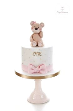 ideas baby shower girl cake simple for 2019 cake decorating recipes kuchen kindergeburtstag cakes ideas Girls First Birthday Cake, Baby Birthday Cakes, Baby Girl Cakes, Cakes For Girls, Teddy Bear Birthday Cake, Fondant Cakes, Cupcake Cakes, Simple Fondant Cake, Fondant Girl